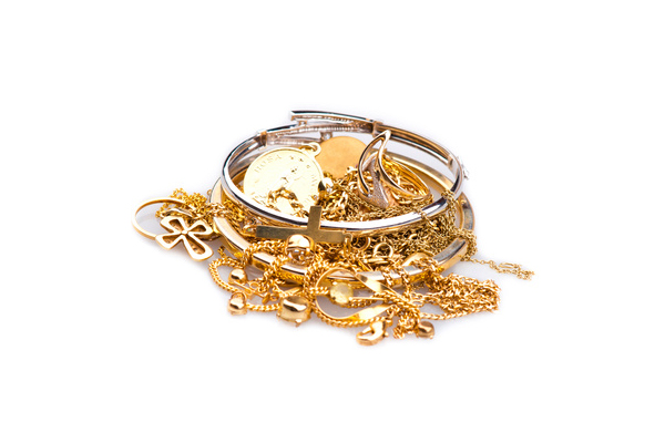 The Advantages Of Selling Scrap Gold
